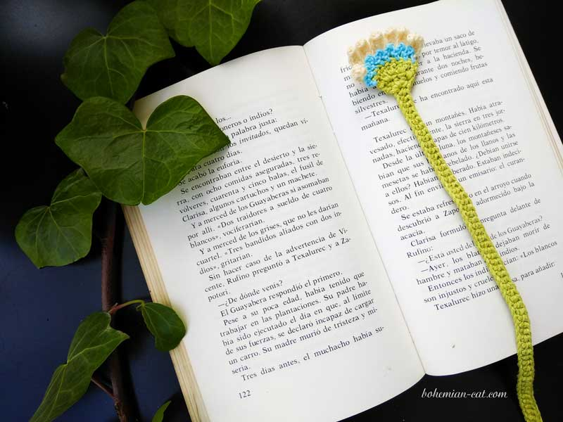 33 Crochet Bookmarks - The Funky Stitch | 600x800