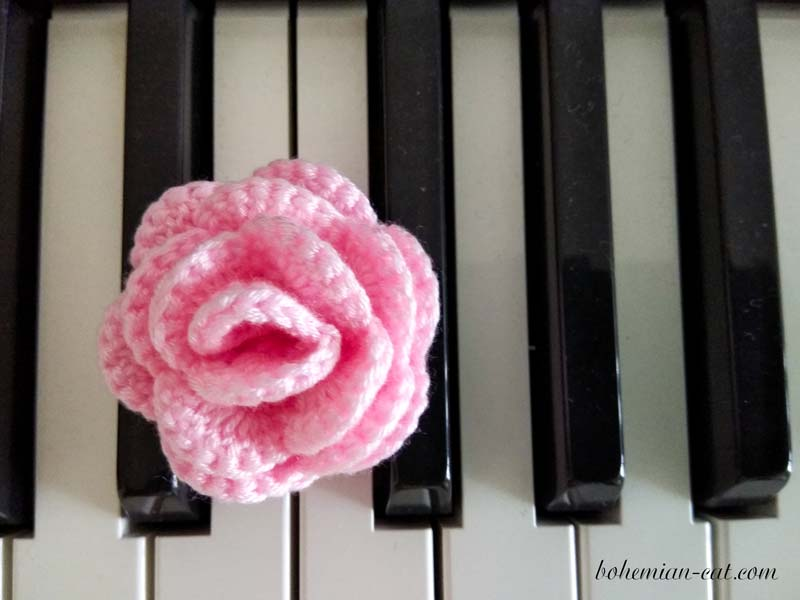 How to crochet rose